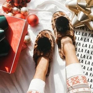 🆕️Holiday Collection//LEOPARD SLIPPERS